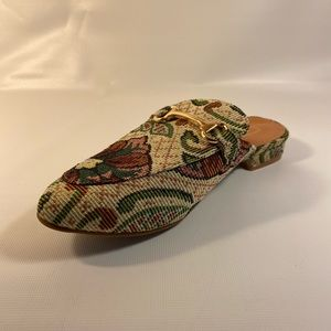 Yoki Willas green And Gold Women Shoes Size 7 New